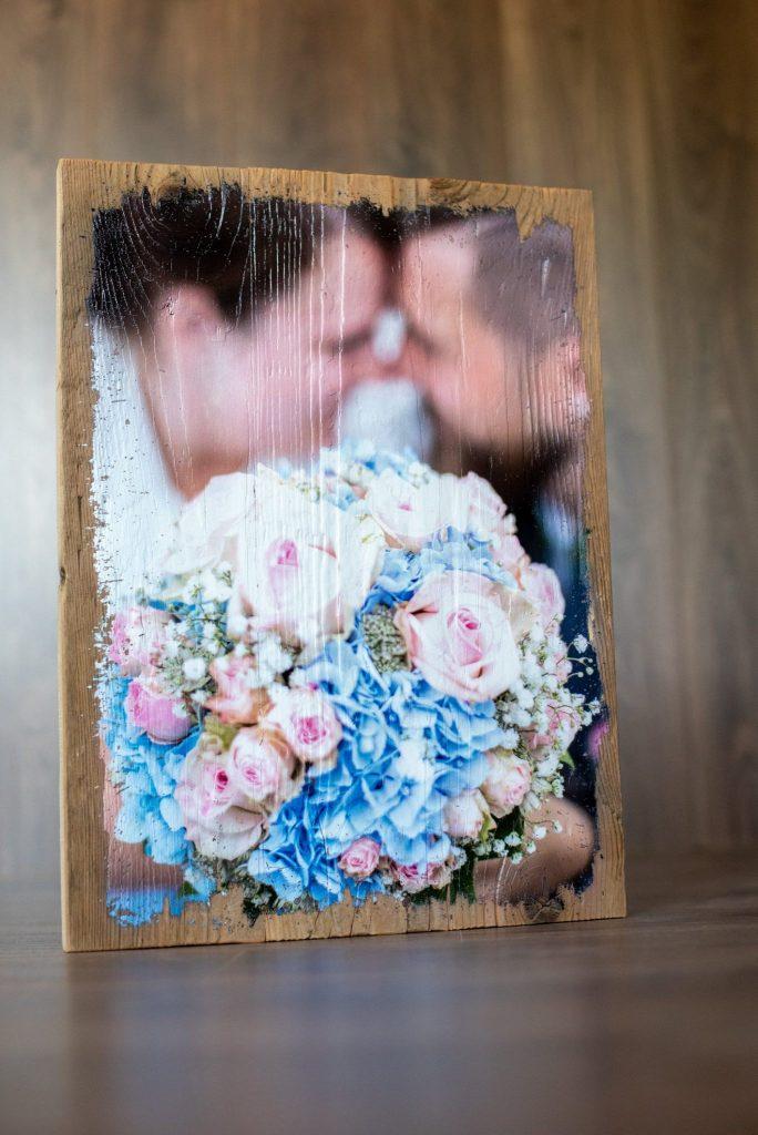 Bild Hochzeitspaar auf Holz gedruckt