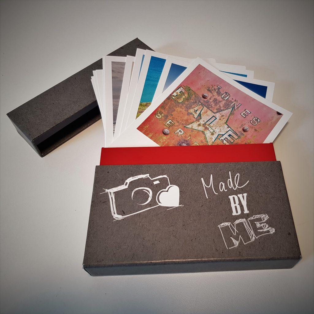 Ofene Schachtel mit Fotos