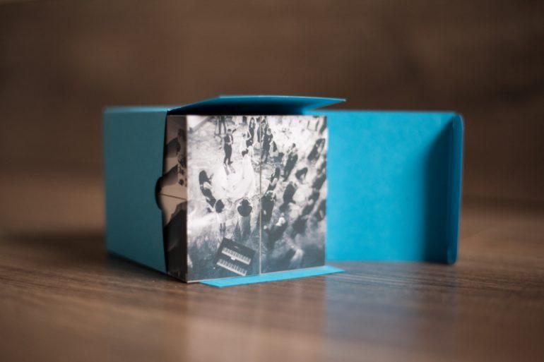 Fotowürfel in der Verpackung
