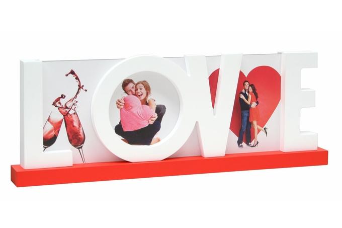 Rahmen mit LOVE in Holzbuchstaben
