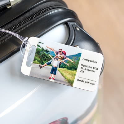 Kofferanhänger mit Foto und Adresse