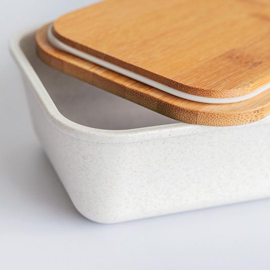 Brotdose mit Bambus-Deckel, offen